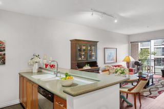 """Photo 7: 305 131 W 3RD Street in North Vancouver: Lower Lonsdale Condo for sale in """"Seascape Landing"""" : MLS®# R2610533"""
