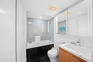 """Photo 18: 2308 777 RICHARDS Street in Vancouver: Downtown VW Condo for sale in """"TELUS GARDEN"""" (Vancouver West)  : MLS®# R2617805"""