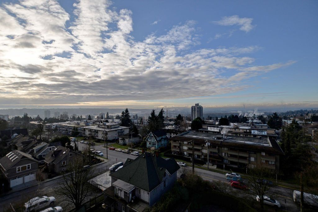 Main Photo: 804 612 FIFTH AVENUE in New Westminster: Uptown NW Condo for sale : MLS®# R2022251