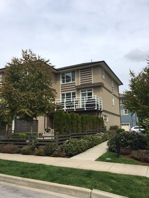 FEATURED LISTING: 32 - 15405 31 Avenue Surrey