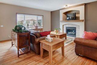 Photo 3: 244 SUNSET Close: Cochrane Detached for sale : MLS®# C4305760