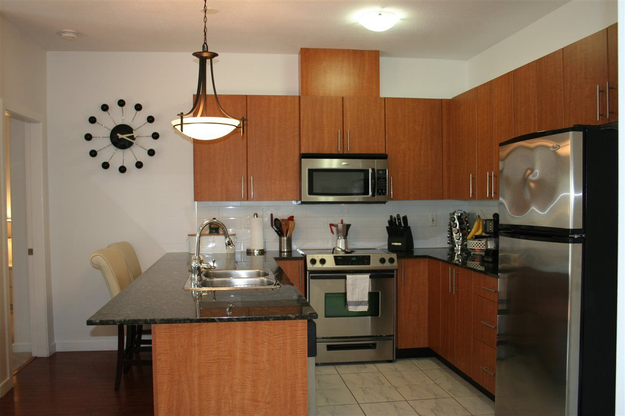Photo 7: Photos: 106 2488 KELLY Avenue in Port Coquitlam: Central Pt Coquitlam Condo for sale : MLS®# R2216914