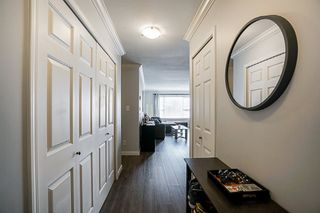 Photo 2: 106 1378 GEORGE Street: White Rock Condo for sale (South Surrey White Rock)  : MLS®# R2310592