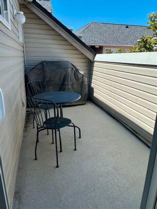 Photo 14: 303 4988 47A Avenue in Delta: Ladner Elementary Condo for sale (Ladner)  : MLS®# R2577133