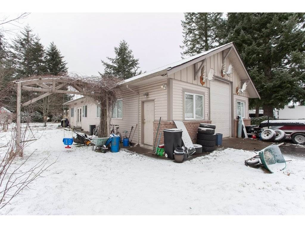 "Photo 17: Photos: 25125 57 Avenue in Langley: Salmon River House for sale in ""Strawberry Hills"" : MLS®# R2136212"