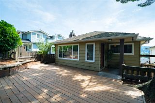 Photo 2: 98 ELLESMERE AVENUE in Burnaby: Capitol Hill BN House for sale (Burnaby North)  : MLS®# R2389364