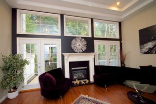 Photo 4: 5 1651 Parkway Boulevard in Coquitlam: Westwood Plateau Townhouse for sale : MLS®# R2028946