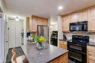 Photo 14: 1024 Woodview Crescent SW in Calgary: Woodlands Detached for sale : MLS®# A1091438