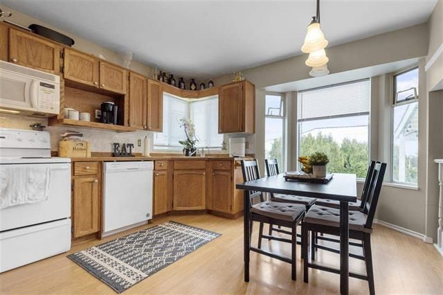 Photo 4: Photos: 641 LOST LAKE in Coquitlam: Coquitlam East House for sale : MLS®# R2543453