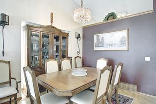 Photo 8: 48 Riverview Mews SE in Calgary: Riverbend Detached for sale : MLS®# A1129355