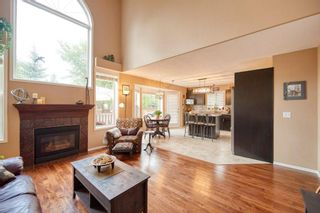 Photo 4: 39 Sierra Nevada Way SW in Calgary: Signal Hill Detached for sale : MLS®# C4302227
