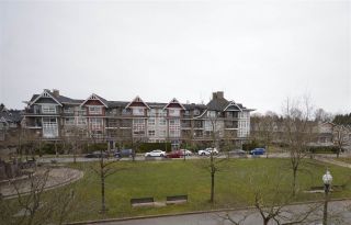 """Photo 17: 308 7089 MONT ROYAL Square in Vancouver: Champlain Heights Condo for sale in """"CHAMPLAIN VILLAGE"""" (Vancouver East)  : MLS®# R2540817"""