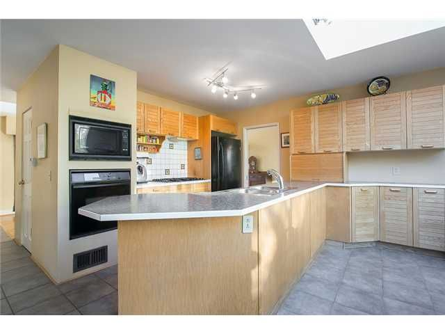 Photo 4: Photos: 756 BLYTHWOOD Drive in North Vancouver: Delbrook House for sale : MLS®# V1046211