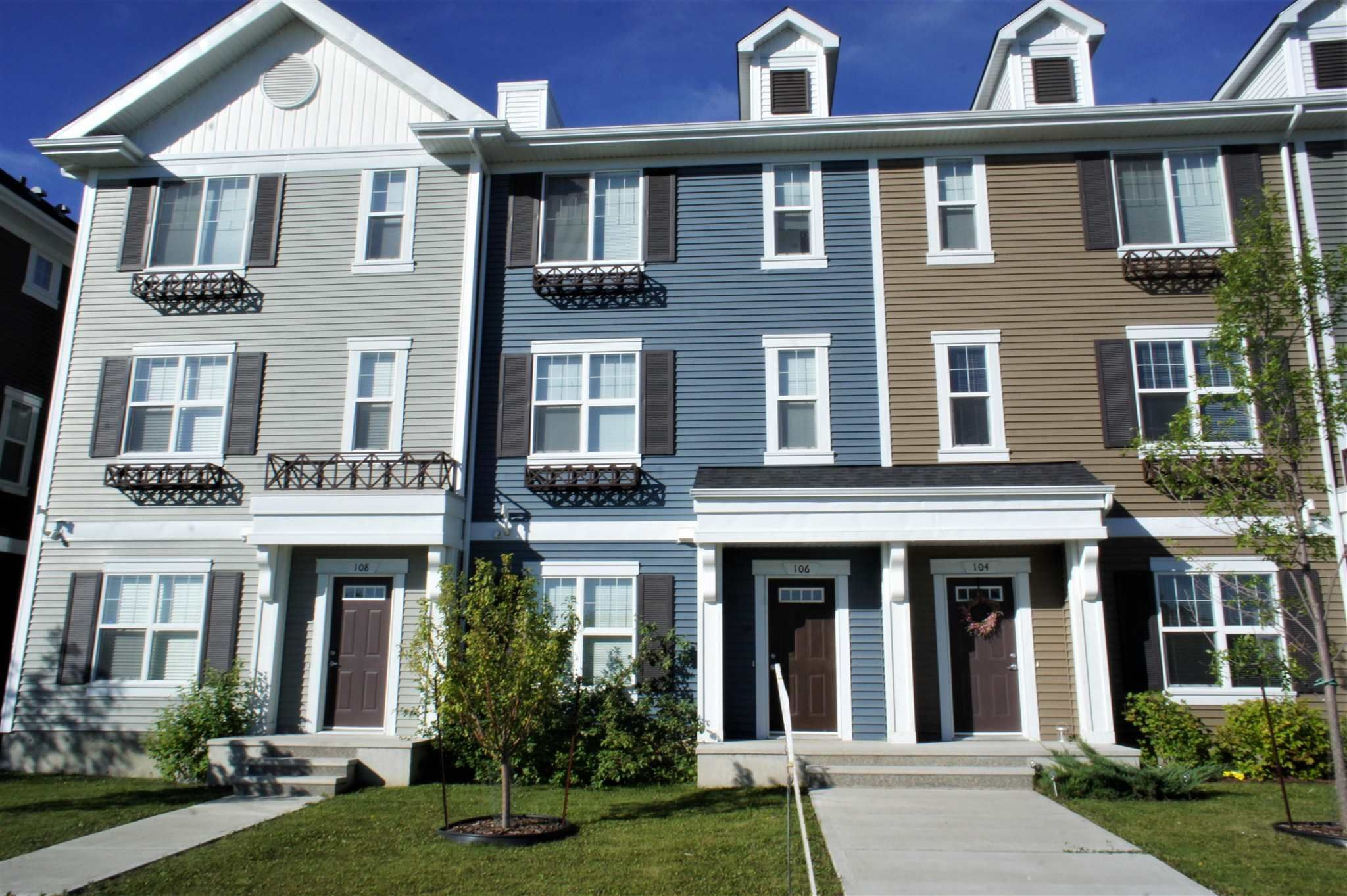 Main Photo: 106 8530 94 Street: Fort Saskatchewan Townhouse for sale : MLS®# E4231984