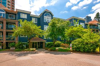"Photo 4: 406 3065 PRIMROSE Lane in Coquitlam: North Coquitlam Condo for sale in ""LAKESIDE TERRACE"" : MLS®# R2381965"