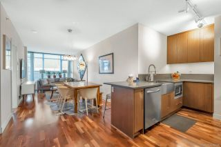 """Photo 1: 206 251 E 7TH Avenue in Vancouver: Mount Pleasant VE Condo for sale in """"District"""" (Vancouver East)  : MLS®# R2443940"""