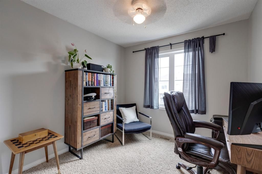 Photo 13: Photos: 108 Windstone Mews SW: Airdrie Row/Townhouse for sale : MLS®# A1142161
