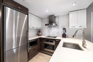 """Photo 7: 328 1783 MANITOBA Street in Vancouver: False Creek Condo for sale in """"Residences at West"""" (Vancouver West)  : MLS®# R2617799"""