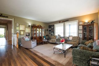 Photo 7: 5705 34B Avenue in Delta: Ladner Rural House for sale (Ladner)  : MLS®# R2502880