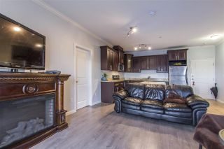 Photo 5: 302 22363 SELKIRK AVENUE in Maple Ridge: West Central Condo for sale : MLS®# R2413478