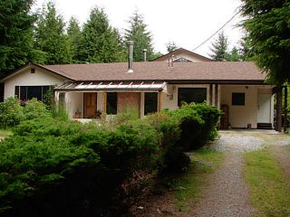 Photo 2: 7980 COOPER RD in Halfmoon Bay: Halfmn Bay Secret Cv Redroofs House for sale (Sunshine Coast)  : MLS®# V1107211