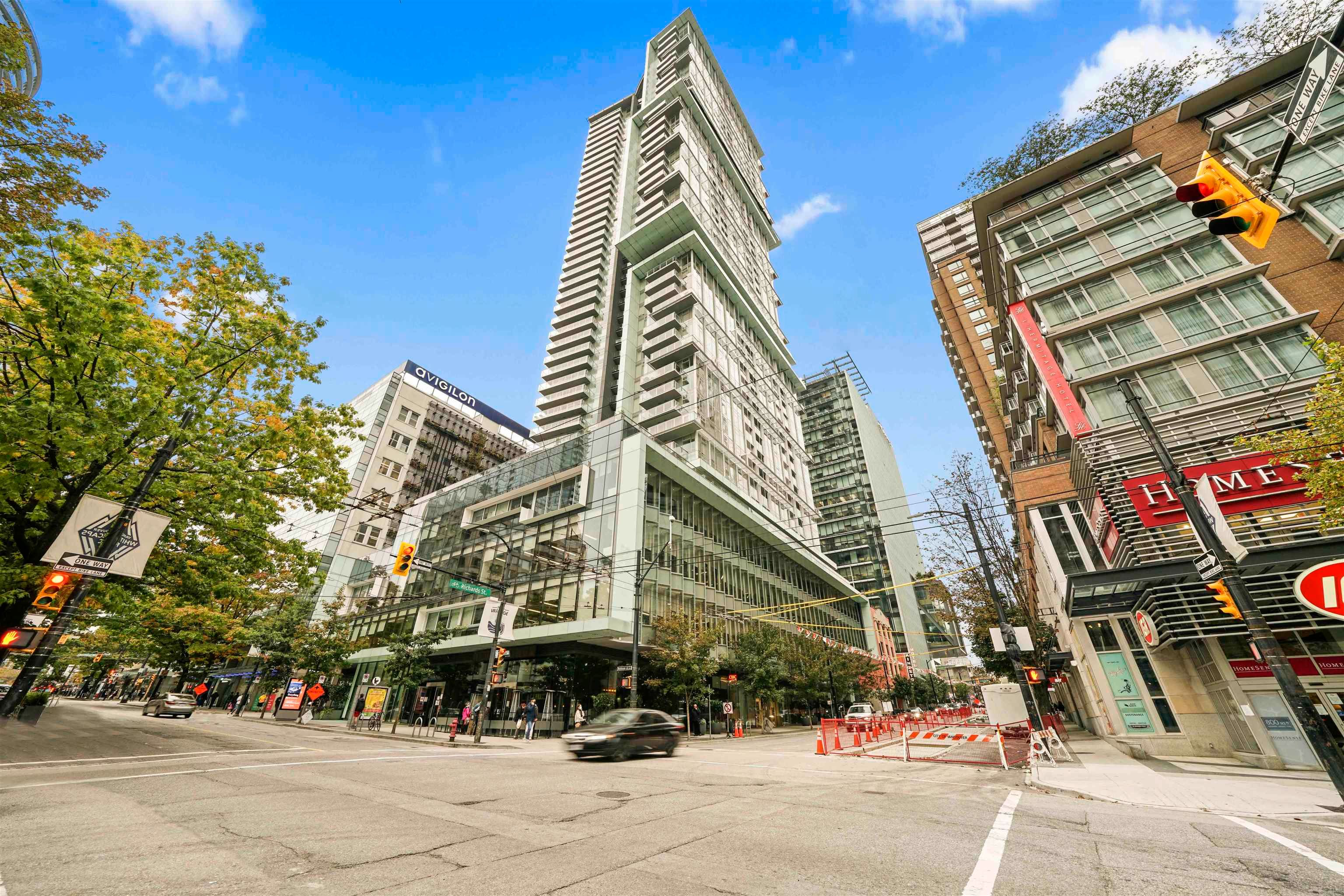"""Main Photo: 2308 777 RICHARDS Street in Vancouver: Downtown VW Condo for sale in """"TELUS GARDEN"""" (Vancouver West)  : MLS®# R2617805"""