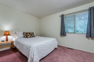 """Photo 18: 4722 UNDERWOOD Avenue in North Vancouver: Lynn Valley House for sale in """"Timber Ridge"""" : MLS®# R2401489"""