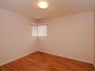 Photo 14: 2006 Runnymede Ave in Victoria: Residential for sale : MLS®# 289922