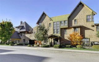 Photo 1: 521 3880 Truswell Road in Kelowna: Lower Mission House for sale : MLS®# 10202199