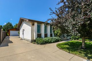 Photo 2: 1214 Mckercher Drive in Saskatoon: Wildwood Residential for sale : MLS®# SK782514