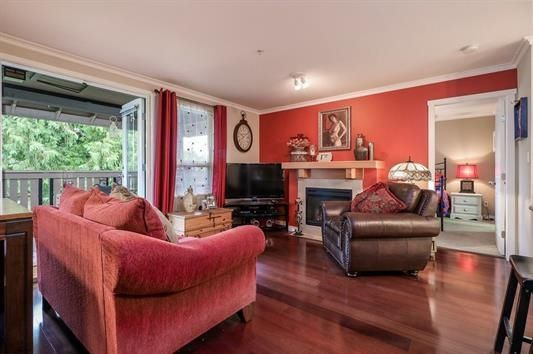 """Photo 3: Photos: 401 808 SANGSTER Place in New Westminster: The Heights NW Condo for sale in """"THE BROCTON"""" : MLS®# R2215829"""