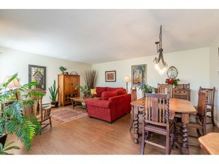 """Photo 8: 219 15991 THRIFT Avenue: White Rock Condo for sale in """"ARCADIAN"""" (South Surrey White Rock)  : MLS®# R2456477"""