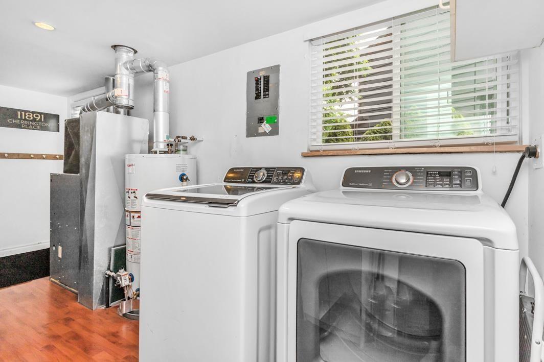 "Photo 26: Photos: 11891 CHERRINGTON Place in Maple Ridge: West Central House for sale in ""WEST MAPLE RIDGE"" : MLS®# R2600511"