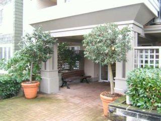 "Photo 3: 8495 JELLICOE Street in Vancouver: Fraserview VE Condo for sale in ""RIVERGATE"" (Vancouver East)  : MLS®# V629760"