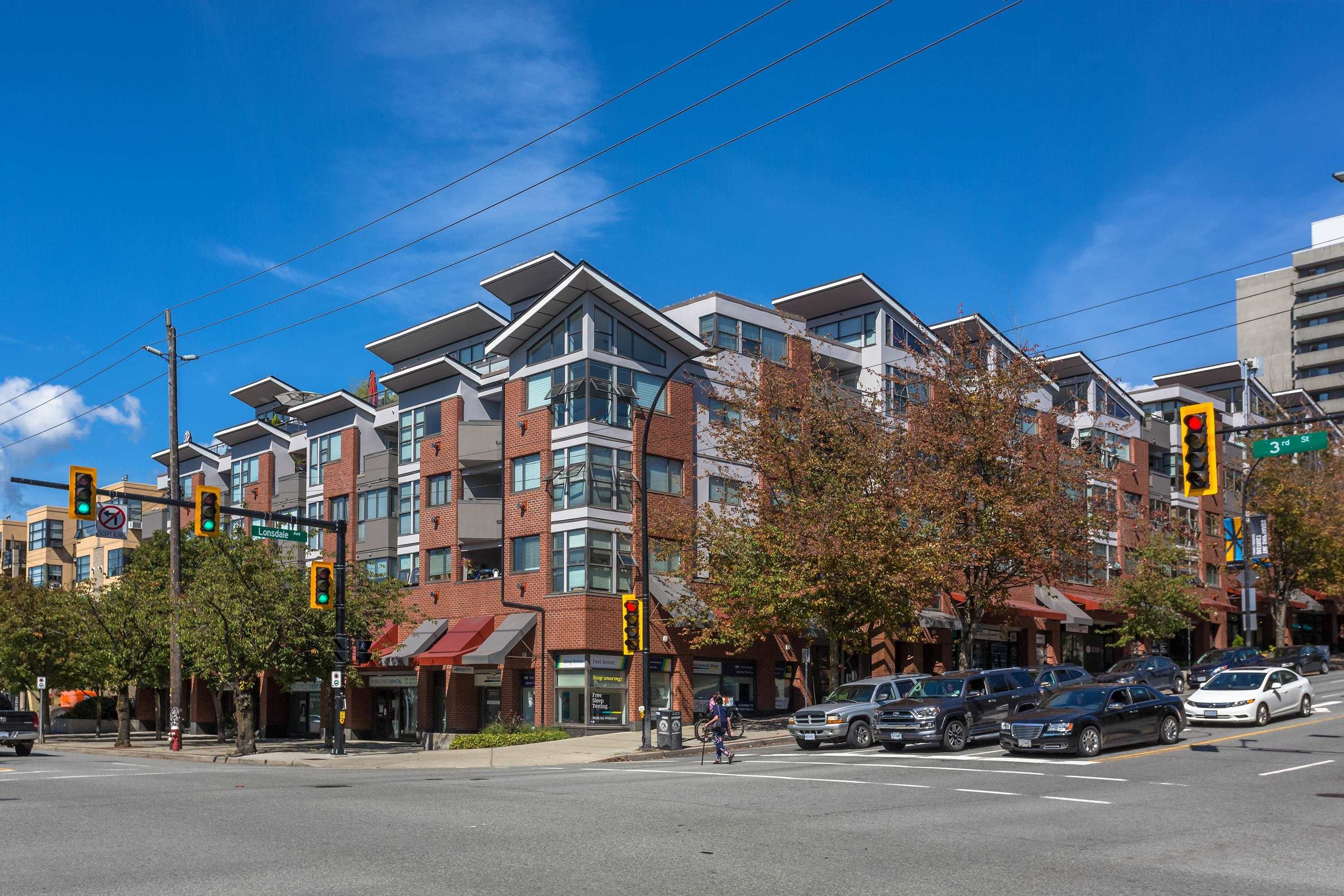 """Main Photo: 408 305 LONSDALE Avenue in North Vancouver: Lower Lonsdale Condo for sale in """"THE MET"""" : MLS®# R2615053"""