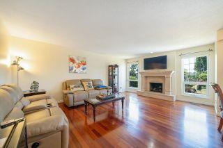 Photo 3: 7700 DECOURCY Crescent in Richmond: Quilchena RI House for sale : MLS®# R2598866