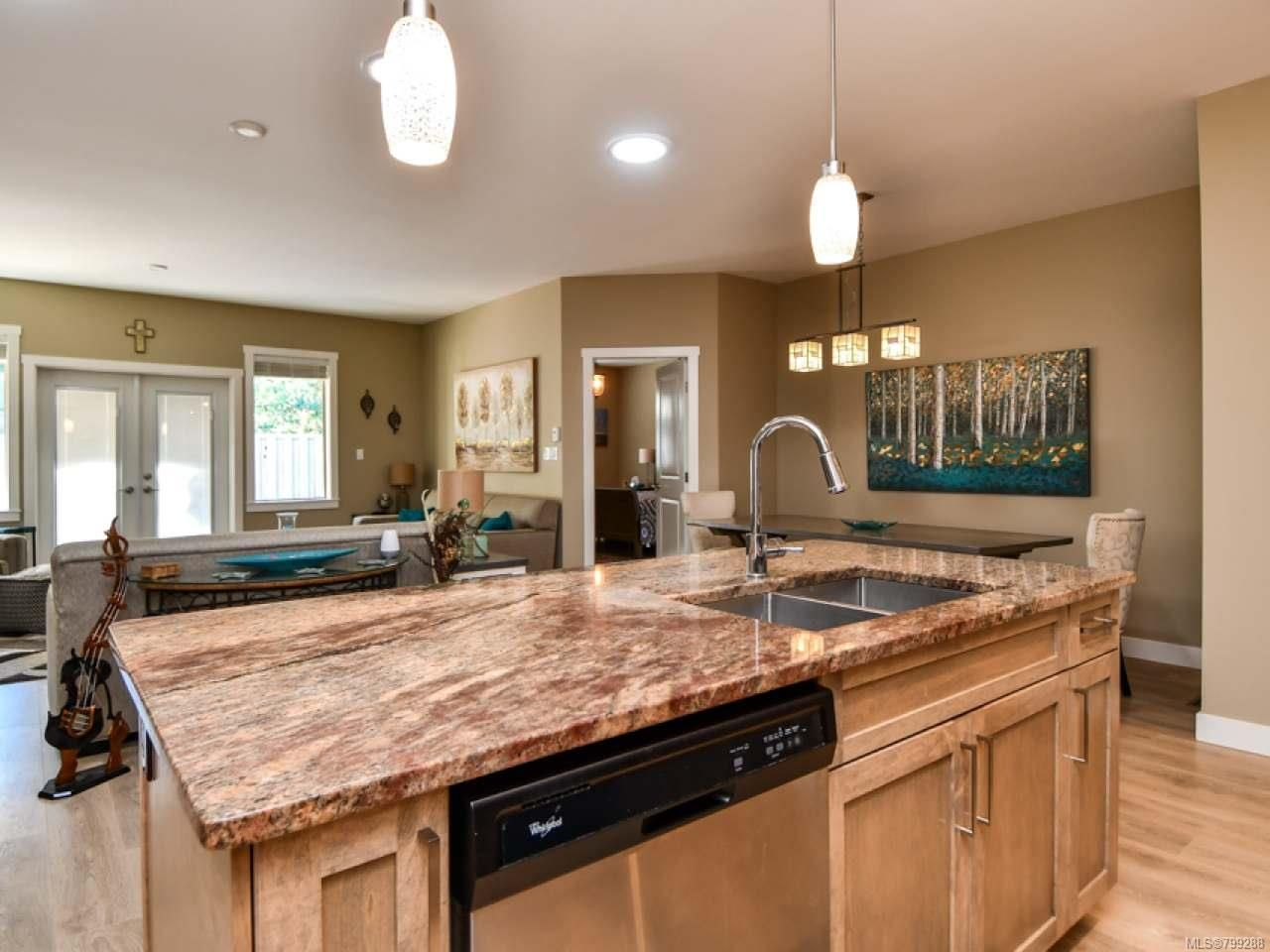 Photo 15: Photos: 11 301 Arizona Dr in CAMPBELL RIVER: CR Willow Point Half Duplex for sale (Campbell River)  : MLS®# 799288