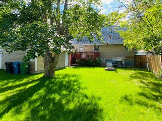 Photo 3: 4020 1 Street NW in Calgary: Highland Park Detached for sale : MLS®# A1119642