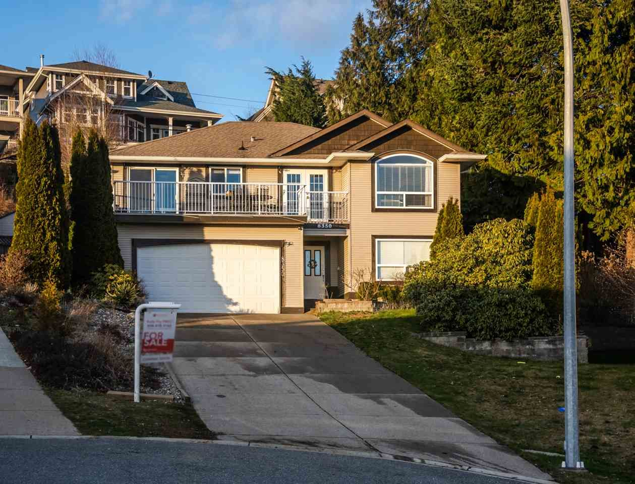 Main Photo: 8350 PEACOCK Place in Mission: Mission BC House for sale : MLS®# R2536448