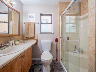 Photo 17: 5400 DERBY Road in Sechelt: Sechelt District House for sale (Sunshine Coast)  : MLS®# R2454409