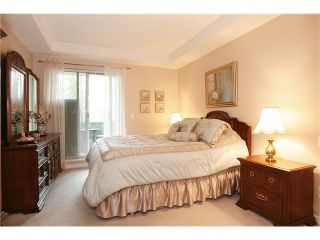 "Photo 8: 305 11609 227TH Street in Maple Ridge: East Central Condo for sale in ""EMERALD MANOR"" : MLS®# V892769"