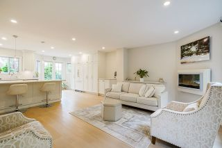 Photo 1: 634 THURSTON Terrace in Port Moody: North Shore Pt Moody House for sale : MLS®# R2509986