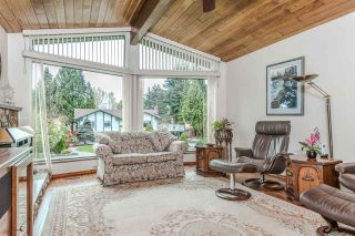 Photo 3: 3325 CARDINAL Drive in Burnaby: Government Road House for sale (Burnaby North)  : MLS®# R2157428