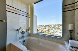 Photo 34: 1501 1065 QUAYSIDE DRIVE in New Westminster: Quay Condo for sale : MLS®# R2518489