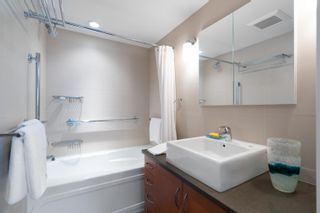 """Photo 11: 601 2187 BELLEVUE Avenue in West Vancouver: Dundarave Condo for sale in """"Surfside Towers"""" : MLS®# R2620121"""