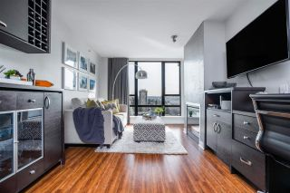 """Photo 3: 1608 151 W 2ND Street in North Vancouver: Lower Lonsdale Condo for sale in """"SKY"""" : MLS®# R2540259"""