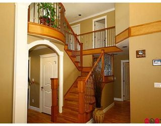 Photo 10: 8108 170TH Street in Surrey: Fleetwood Tynehead House for sale : MLS®# F2818072