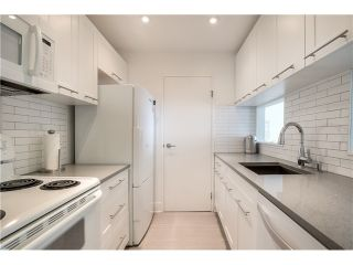 Photo 5: # 208 555 W 14TH AV in Vancouver: Fairview VW Condo for sale (Vancouver West)  : MLS®# V1119686