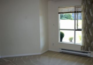 """Photo 14: 106 4955 RIVER Road in Delta: Neilsen Grove Condo for sale in """"Shore Walk"""" (Ladner)  : MLS®# R2302052"""