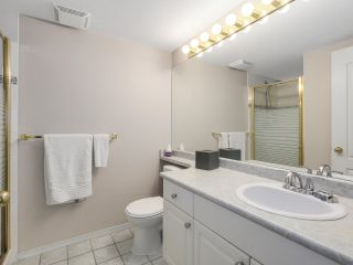 """Photo 10: 216 2559 PARKVIEW Lane in Port Coquitlam: Central Pt Coquitlam Condo for sale in """"THE CRESCENT"""" : MLS®# R2156465"""